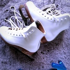 Riedell skates, size 13; Coronation Ace blades